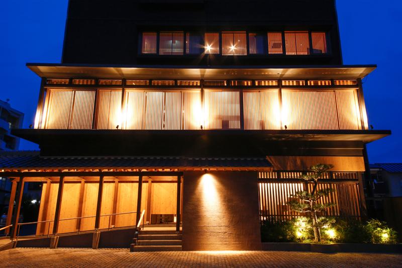 """2018年6月20日(水)に新たなグループホテル""""湊小宿 海の薫とAWAJISHIMA""""が誕生します"""
